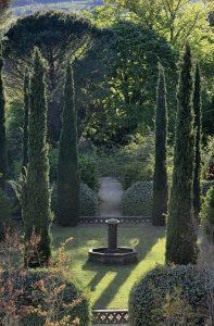 France, Ardeche, St Laurent du Pape, Ashram d'Hauteville, Le jardin
